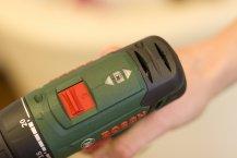 Bosch PSR 10,8 LI-2 Akkuschrauber Praxistest - Zusatzfunktionen